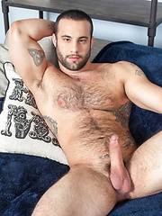 Dex Hammer shows his muscle cock