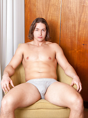 Free nude photos of Nick Speedman